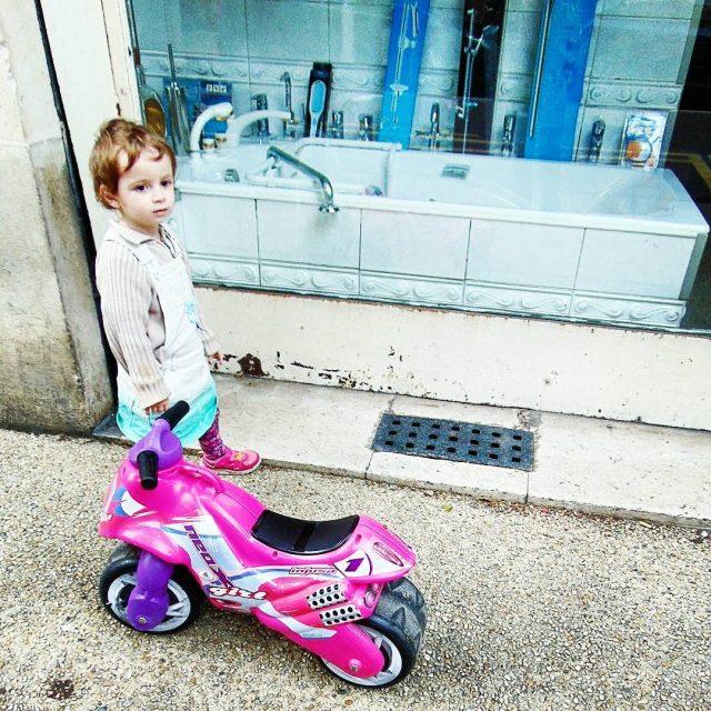 streetphotography streetphotographers kids kidsfashion child children slowlife igminimalist igminimalshots ourplanetdaileyhellip