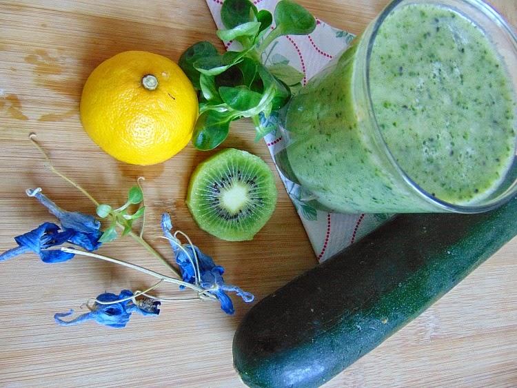 jak zrobić dobre smoothie? Jak zrobić pyszne smoothie czyli koktajle owocowo-warzywne.