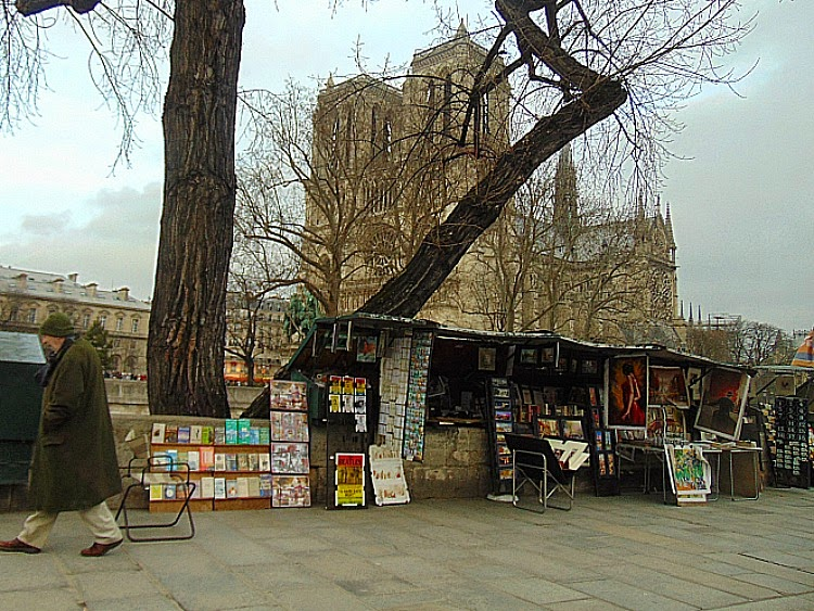 co warto zobaczyć w paryżu katedra Notre Dame bukinisci