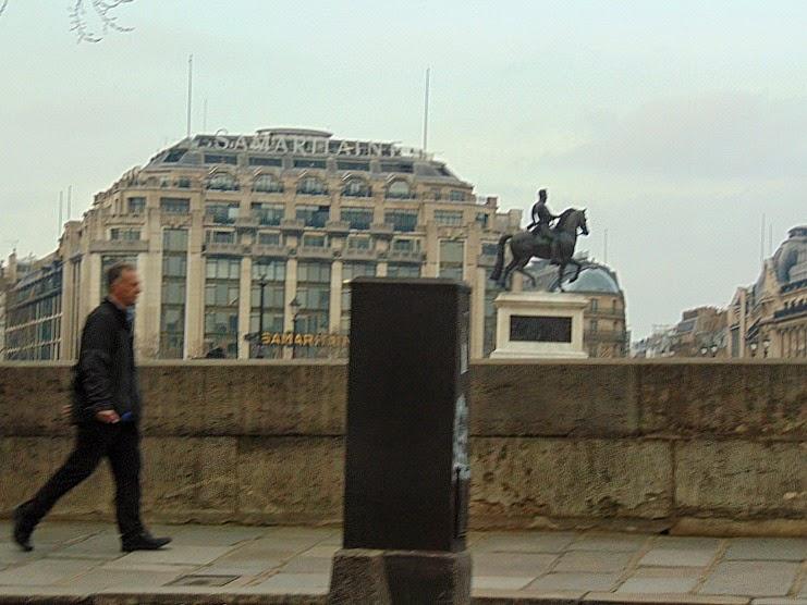 co warto zobaczyć w paryżu Samaritaine