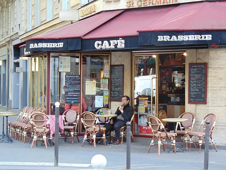 Co warto zobaczyć w Paryżu. paryskie kafejki
