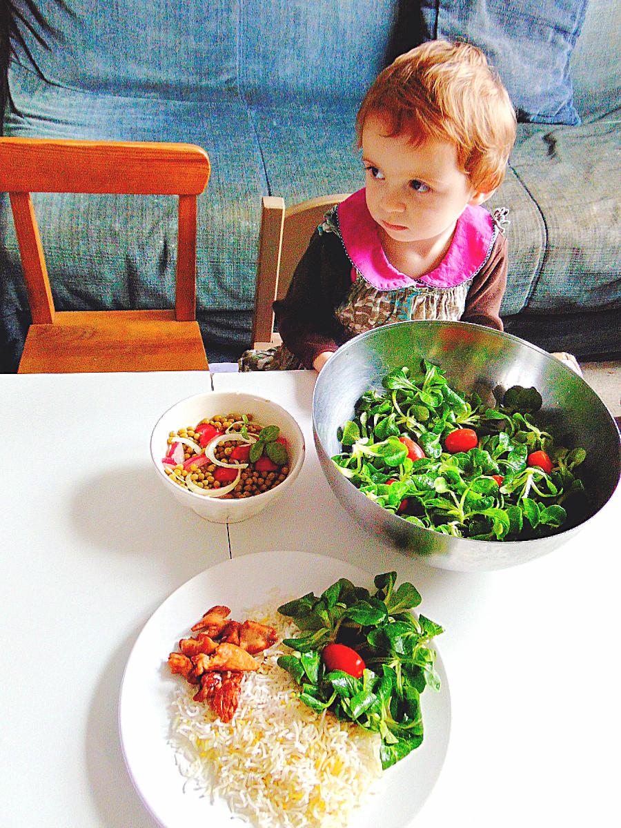 Co zrobić, żeby dziecko polubiło owoce i warzywa?