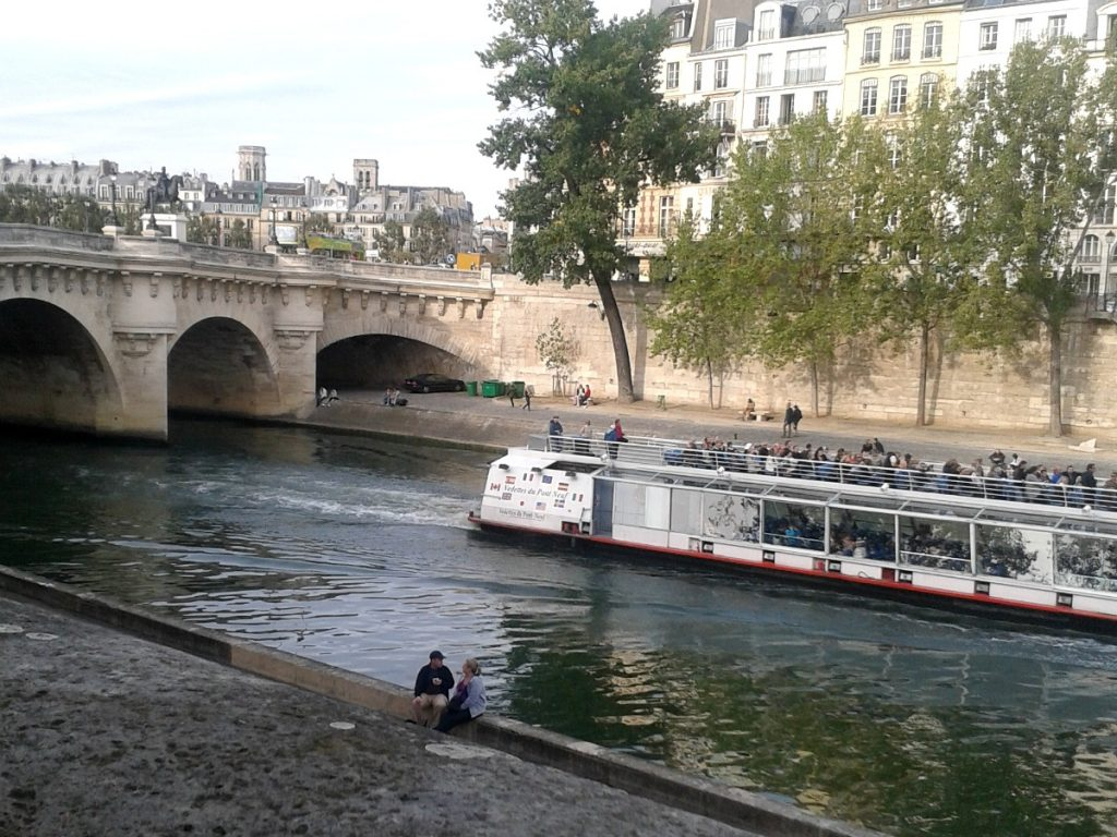 weekend w paryżu dla dwojga
