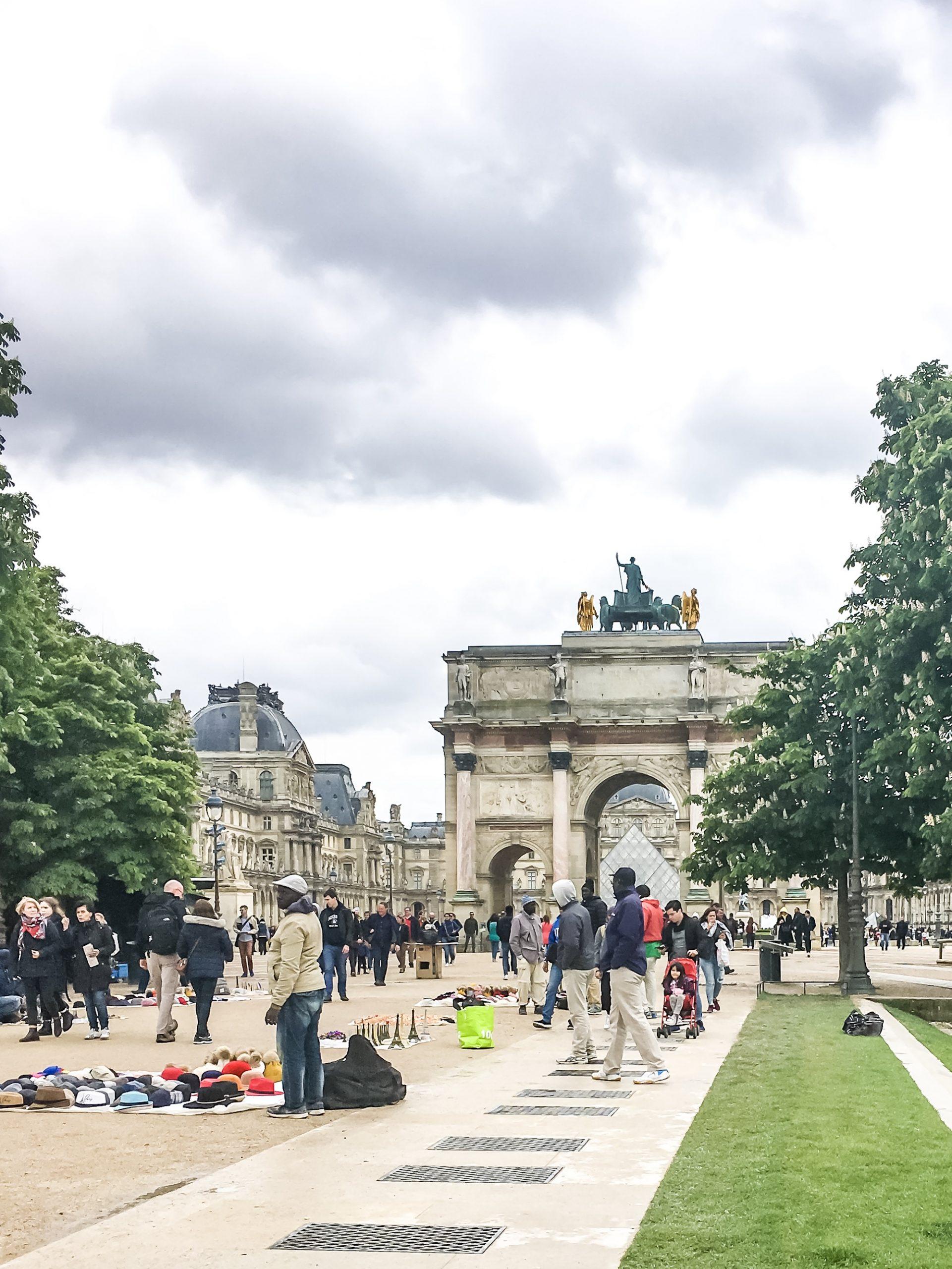 ZWIEDZAMY PARYZ HOW TO VISIT PARISWYTRWALOSC MOTYWACJA