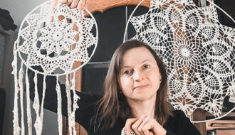 CROCHET DREAM CATCHER CREATOR AND CREATIVE BLOGGER